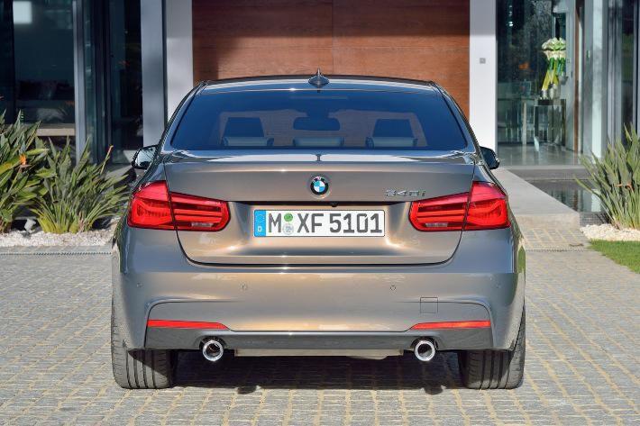 BMW 3 yeniləndi - Foto