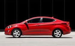 Hyundai Elantra yeniləndi - Foto