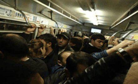 Bu xəbər metrodan istifadə edənləri hiddətləndirəcək