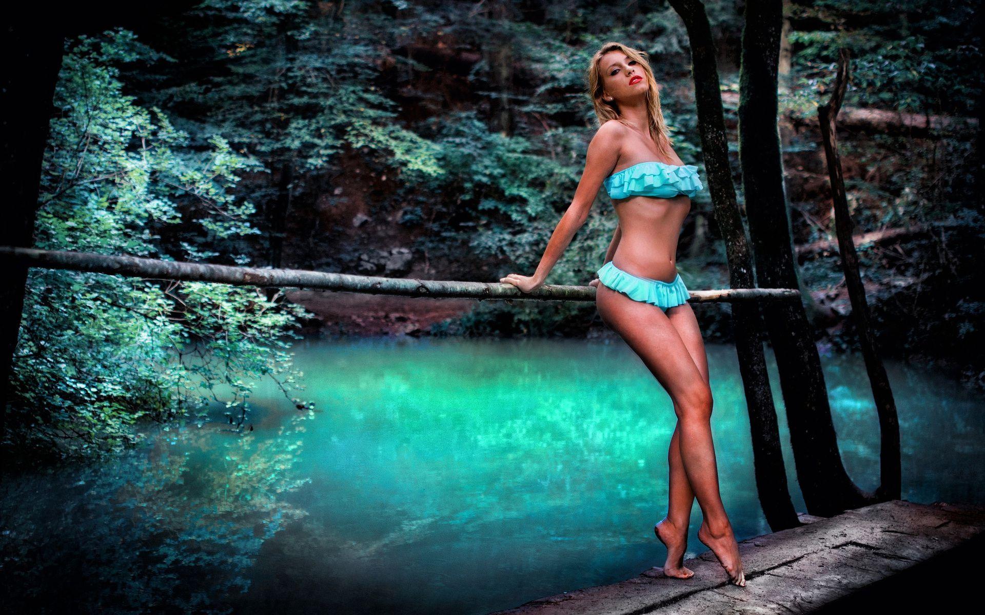 Секс девушки озеро, Русские семьи голые на озере -видео. Смотреть 4 фотография