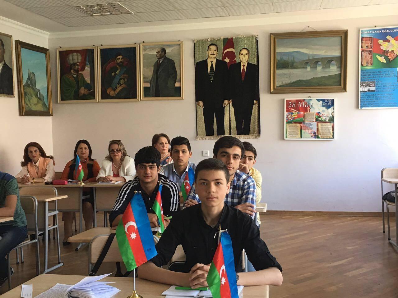 """46a qrupunda """"Azərbaycan tarixi"""" fənnindən açıq dərs - müəllimə Susanna Paşayeva"""