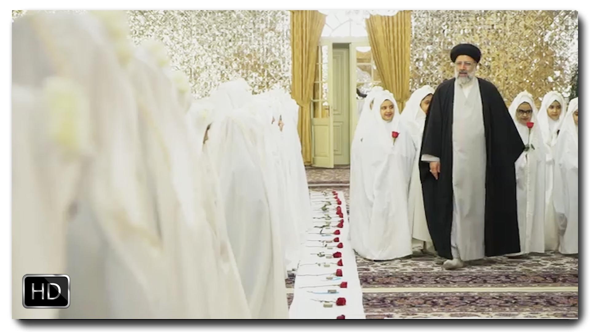 İmam Rza (ə) hərəmində möhtəşəm bir camahat namazı