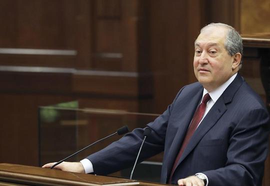 """""""İlham Əliyevi şəxsən tanıyıram..."""" - Ermənistan prezidenti"""
