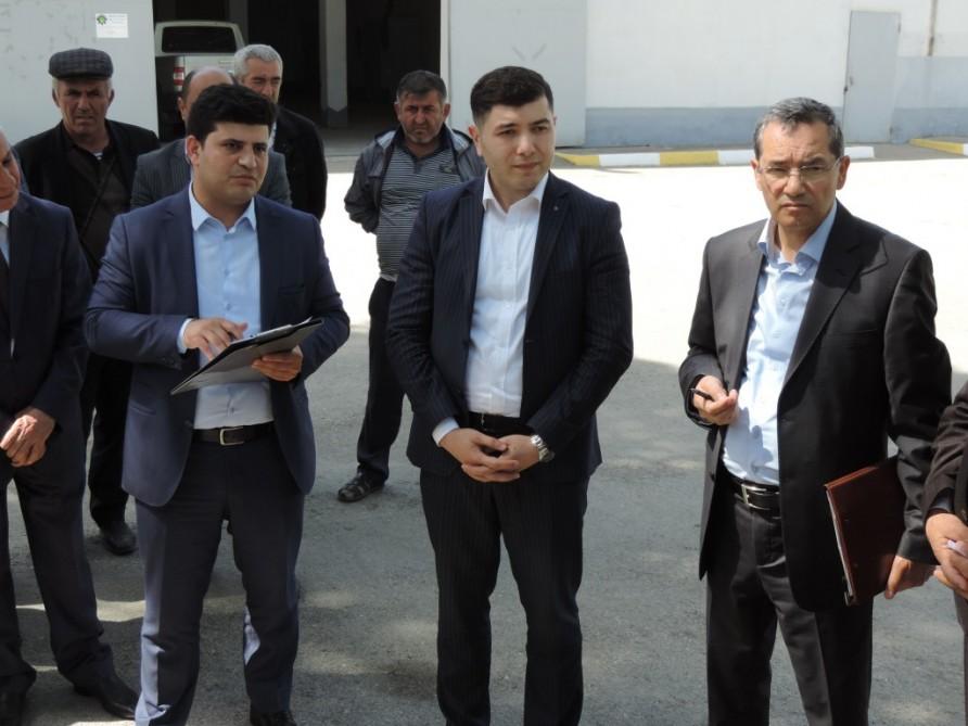 """""""Aqrolizinq"""" yeni sədri Xaçmazda fermerlərlə görüşüb - Probtlemləri dinlədi"""