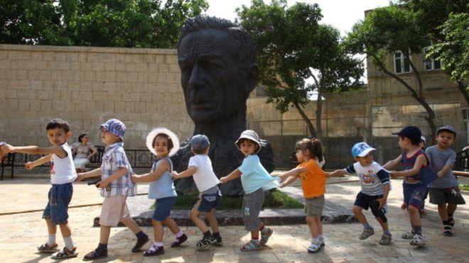 Azərbaycanlı uşaqlar risk siyahısında 89-cu yerdədir