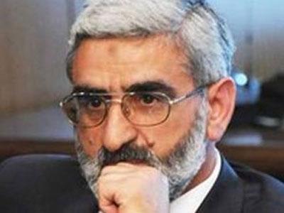"""Mirmahmud Mirəlioğlu Oqtay Gülalıyevin ittihamlarına ironiya etdi: """"Boş verin"""""""