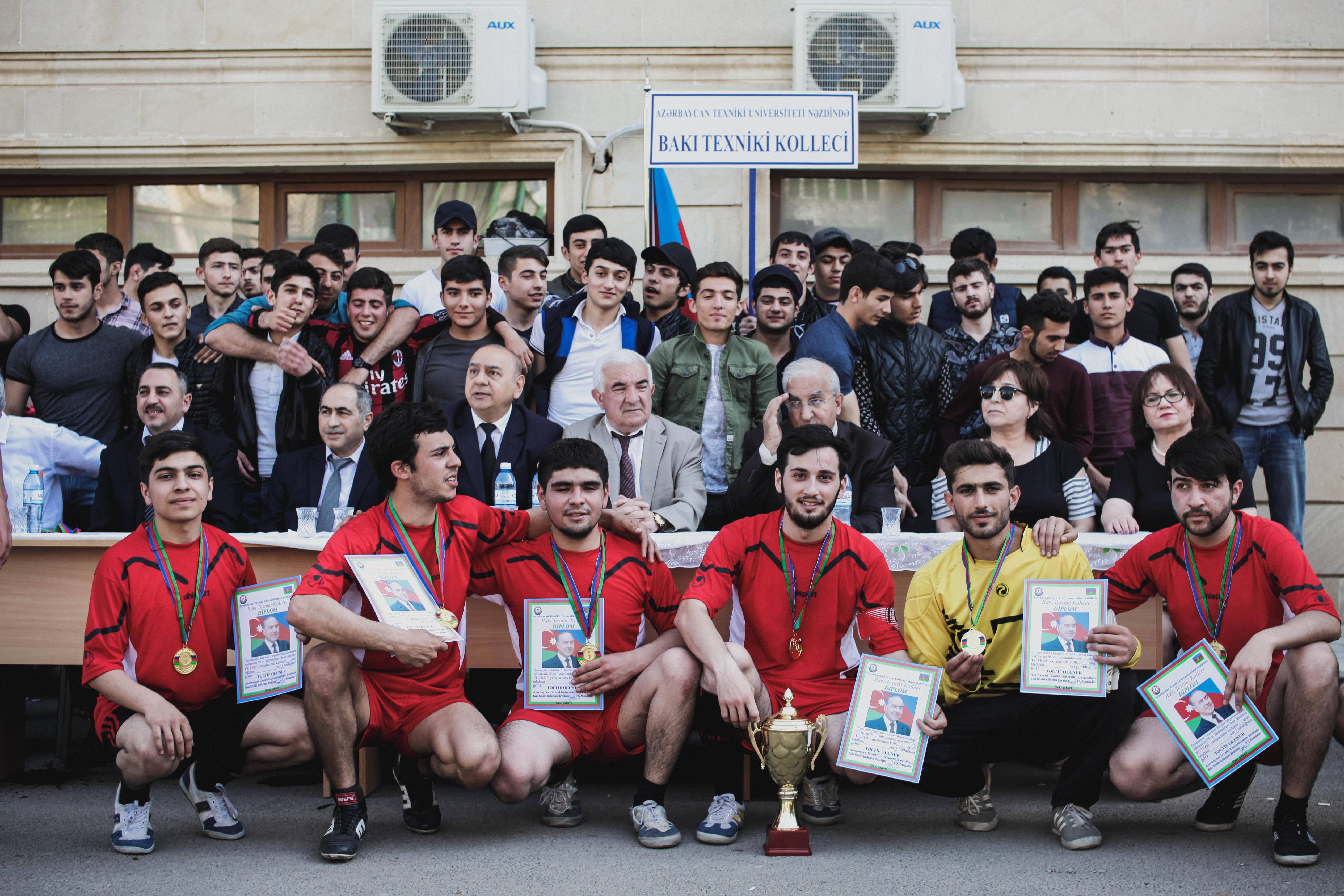 Ümummilli lider Heydər Əliyevin 95 illiyinə həsr olunmuş futbol yarışları
