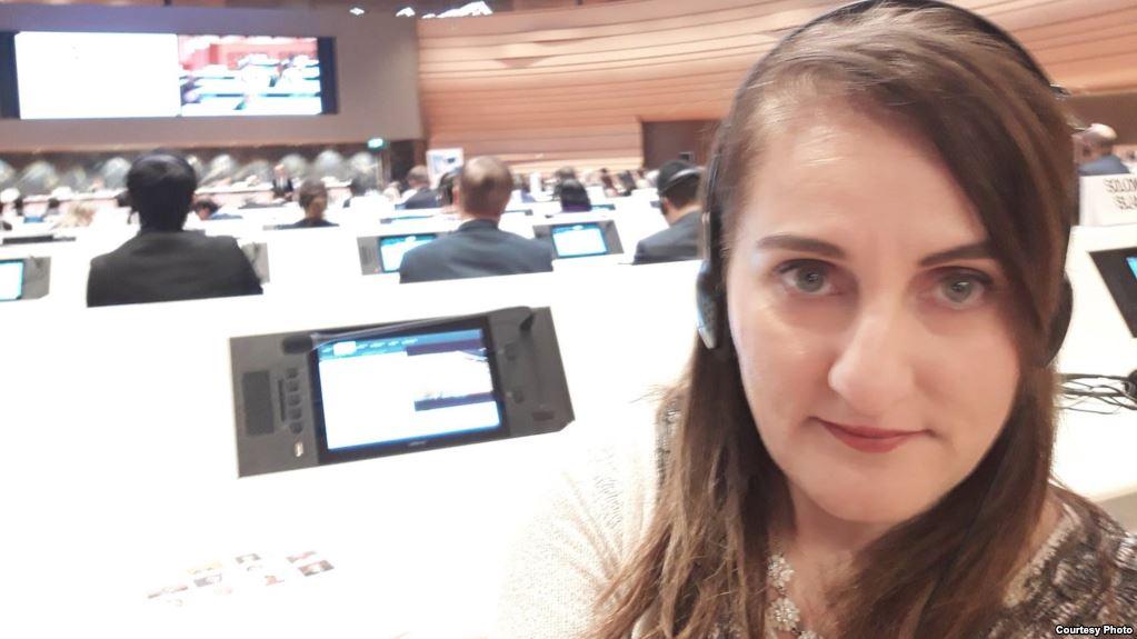 Mehri Cəfəri: İran parlamentindəki azlıqlar da əksəriyyətin sözünü deyirlər