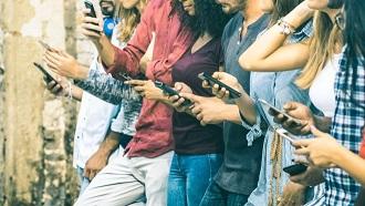 Sizdə iPhone-dur, yoxsa Android? Smartfonunuz sizin barənizdə nə deyir?