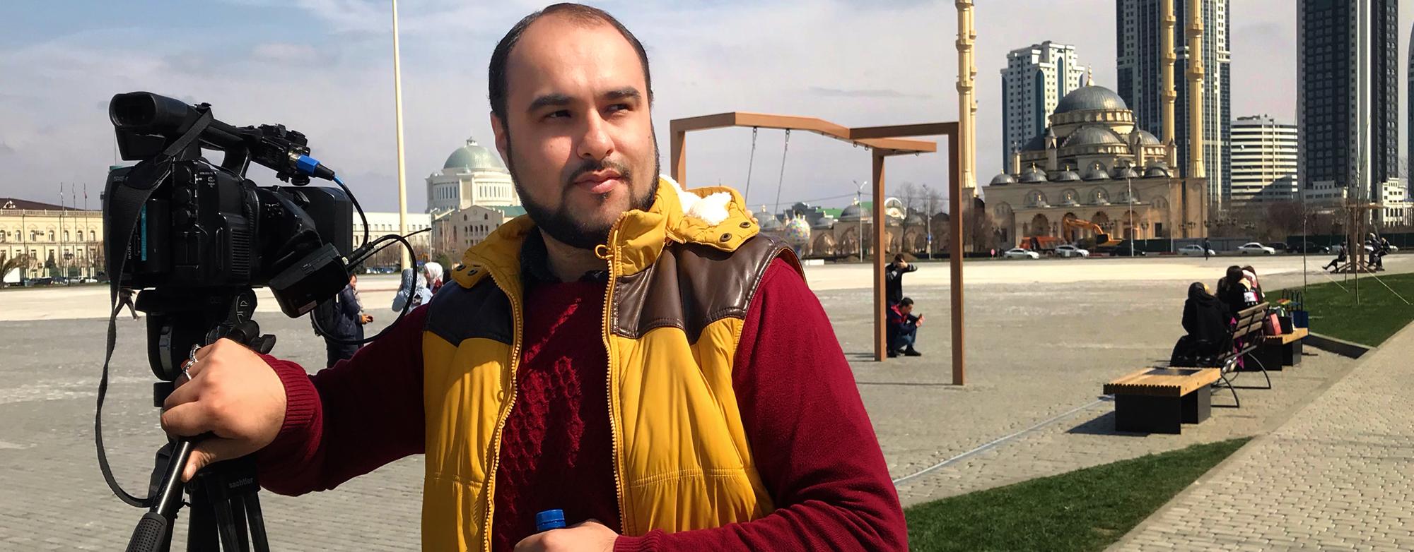 По секрету всему свету. Грозный | Хаял Муаззин | Иранский журналист и продюсер |