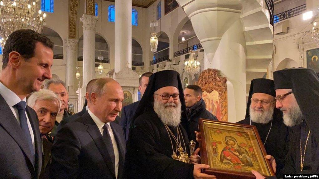 Putin 'qəfildən' Suriyaya gəlib, Assadla görüşüb
