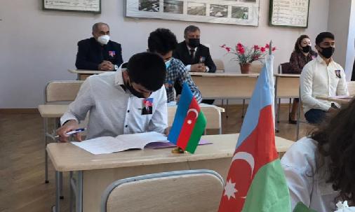 Bakı Texniki Kollecində Ulu öndər Heydər Əliyevin anadan olmasının 98 -ci ildönümünə həsr olunmuş olimpiada keçirildi.